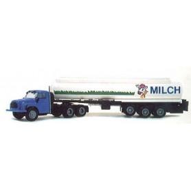 "Igra 640 Tatra 148 Tanktrailer ""Milch"""