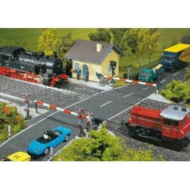 Faller 120171 Bevakad järnvägsövergång, automatisk