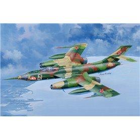 Hobby Boss 81768 Flygplan Russian Yak-28PP Brewer-E