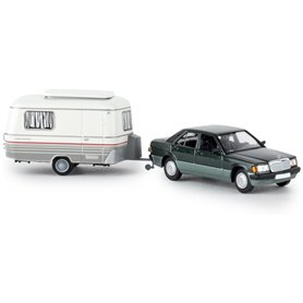Brekina 13215 Mercedes Benz 190 E, metallic mörkgrön med husvagn Eriba, TD