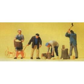 Preiser 10539 På farmen, 4 figurer med tillbehör