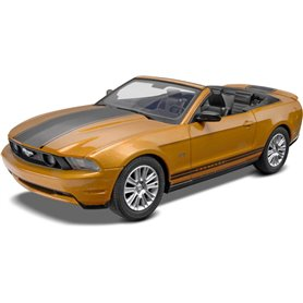 "Revell 1963 2010 Ford Mustang ""Snaptite"""