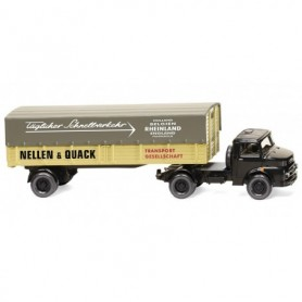 Wiking 51002 Flatbed lorry (MB short bonnet)