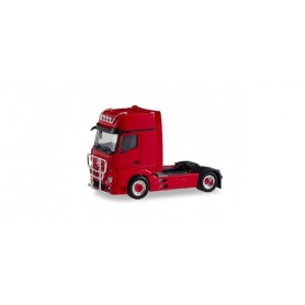 Herpa 311533 Mercedes Benz Actros Gigaspace 2018 rigid tractor with impact protection and lamp bracket