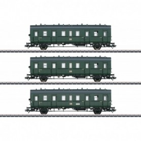 Märklin 46395 Passenger Car Set for the Class 75