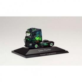 Herpa 111010 Renault T rigid tractor 'Green Mamba'
