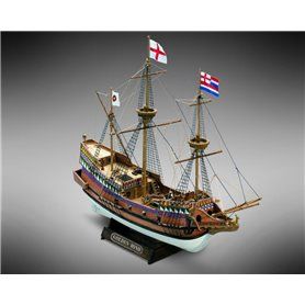 Mamoli MM71 Golden Hind - Wooden model kit with pre-carved hull