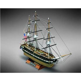 Mamoli MM64 USS Constitution - Wooden model kit with pre-carved hull