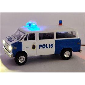 Chevrolet Van SDA 102 'Polis Stockholm' med bromsljus och strålkastare och blinkande blåljusbalk
