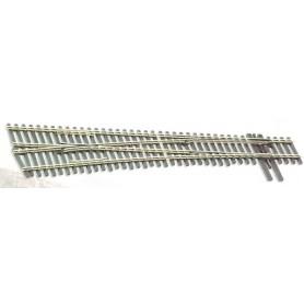 Peco SL-E8362 Växel, vänster, radie 43 inches, vinkel 9,5°, längd 223,5 mm.