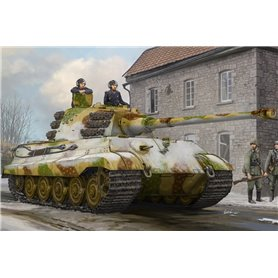 Hobby Boss 84532 Tanks Pz.Kpfw.VI Sd.Kfz.182 Tiger II (Henschel Feb-1945 Production)