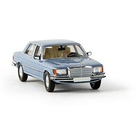 """Brekina 13156 Mercedes Benz 450 SEL (W116), gråblå metallic, """"Von Starmada"""""""