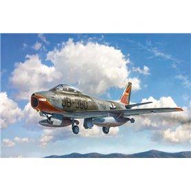Italeri 2799 Flygplan F-86E Sabre
