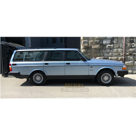 Brekina 870010 Volvo 240 GL station wagon, metallic-blue, 1989