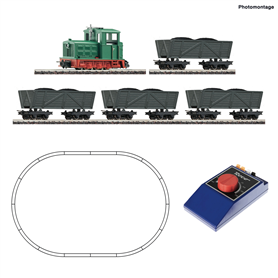 Roco 31034 H0e Analogue Starter Set: Light railway diesel locomotive with tipper wagon train