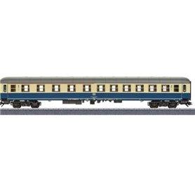 Märklin 00234 Personvagn 1/2:a klass 51 80 31-70 078-5 ABm typ DB