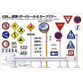 Fujimi 116341 Road Sign Set
