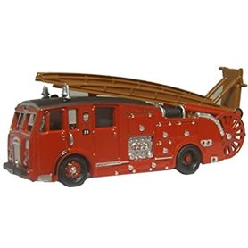 Oxford Models 689936 London Dennis F12 Fire Engine