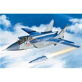 Hobby Boss 81770 Flygplan MiG-31BM. w/KH-47M2