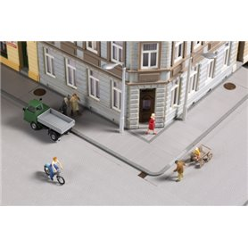Auhagen 42657 Pavement slabs with accessories