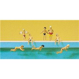 Preiser 10307 Barn som leker i simbassäng, 8 st