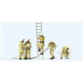 Preiser 10771 Brandmän i modern uniform, 5 st med tillbehör