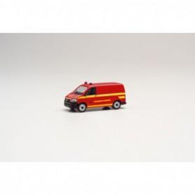 Herpa 095433 VW T6 box truck 'Feuerwehr Dresden'