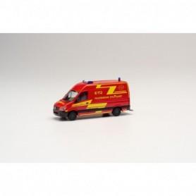 Herpa 095457 Mercedes-Benz Sprinter 13 box truck 'Feuerwehr Stuttgart|Jugendfeuerwehr'