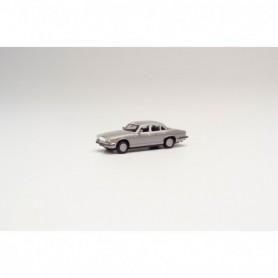 Herpa 430814 Jaguar XJ 6, silver metallic