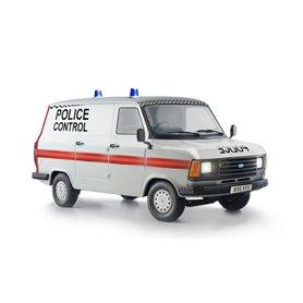 "Italeri 3657 Ford Transit ""Police Control"""
