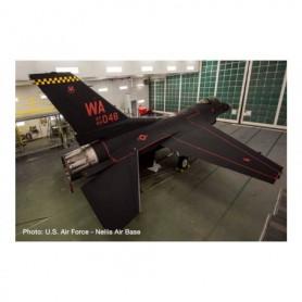 "Herpa Wings 571098 Flygplan U.S. Air Force Lockheed Martin F-16C Fighting Falcon - 64th Aggressor Squadron, Nellis Air Base ""..."