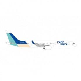 Herpa Wings 534581 Flygplan Cabo Verde Airlines Boeing 757-200 - Island of Sal colors – D4-CCF 'Praia de Santa Maria'
