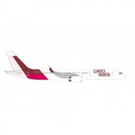 Herpa Wings 534598 Flygplan Cabo Verde Airlines Boeing 757-200 - Island of Santiago colors – D4-CCG 'Baía de Tarrafal'