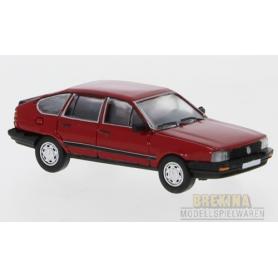 Brekina 870076 VW Passat B2, röd, 1985, PCX