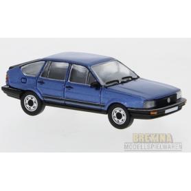 Brekina 870079 VW Passat B2, metallic-mörkblå, 1985, PCX