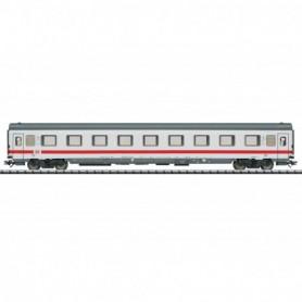Trix 23070 Type Avmz 108.1 Compartment Car