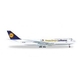 "Herpa Wings 530033.1 Flygplan Lufthansa Boeing 747-8 Intercontinental ""Siegerflieger Paralympics Rio 2016"""