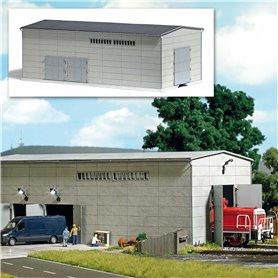 Busch 1398 Precast concrete building with rail connection