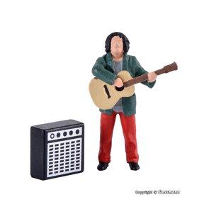 Viessmann 1510 Street guitarist with amplifier, moving
