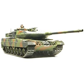 Tamiya 35271 Tanks Leopard 2A6 Main Battle Tank
