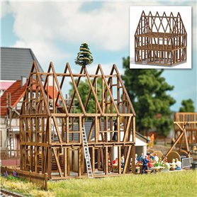 Busch 1370 Skeleton frame of a half-timbered house