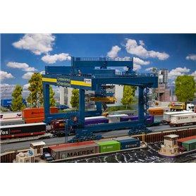 Faller 120291 GVZ Hafen Nürnberg Container bridge-crane