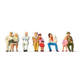 Preiser 73011 Sittande figurer, 8 st
