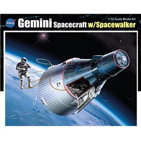 Dragon 11013 Gemini Spacecraft with Spacewalker