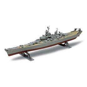 Revell 0301 U.S.S. Missouri Battleship