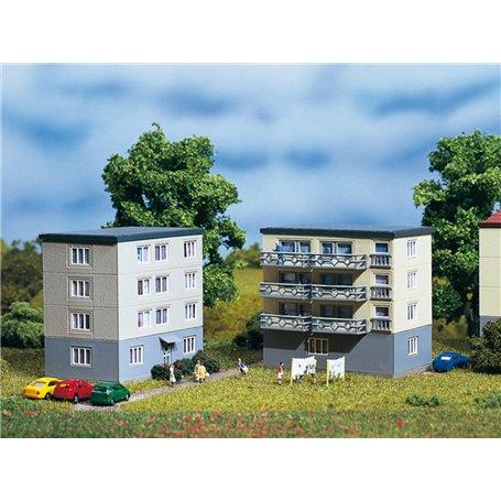 Auhagen 14464 Höghus, 50/60-tal, med balkonger, 2 st