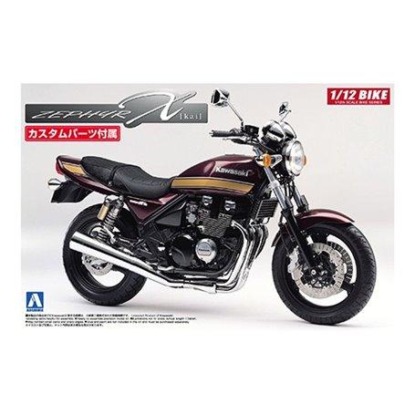 Aoshima 051689 Motorcykel Kawasaki ZephyrX with custom parts
