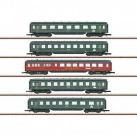 Märklin 87352 Express Train Skirted Passenger Car Set