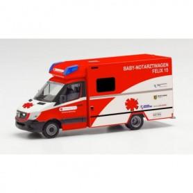 """Herpa 095983 Mercedes-Benz Sprinter 13 Fahrtec ambulance """"Baby Notarzt Felix 15, Klinikum St. Georg Leipzig"""""""