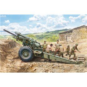 Italeri 6581 M1 155mm Howitzer